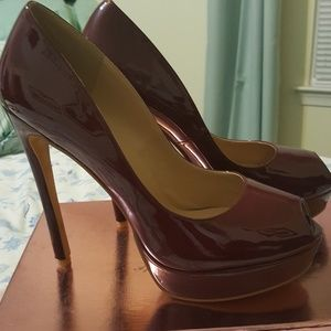 Size 11 peep toe pumps